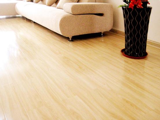 地板漆的施工需要注意哪些方面呢?